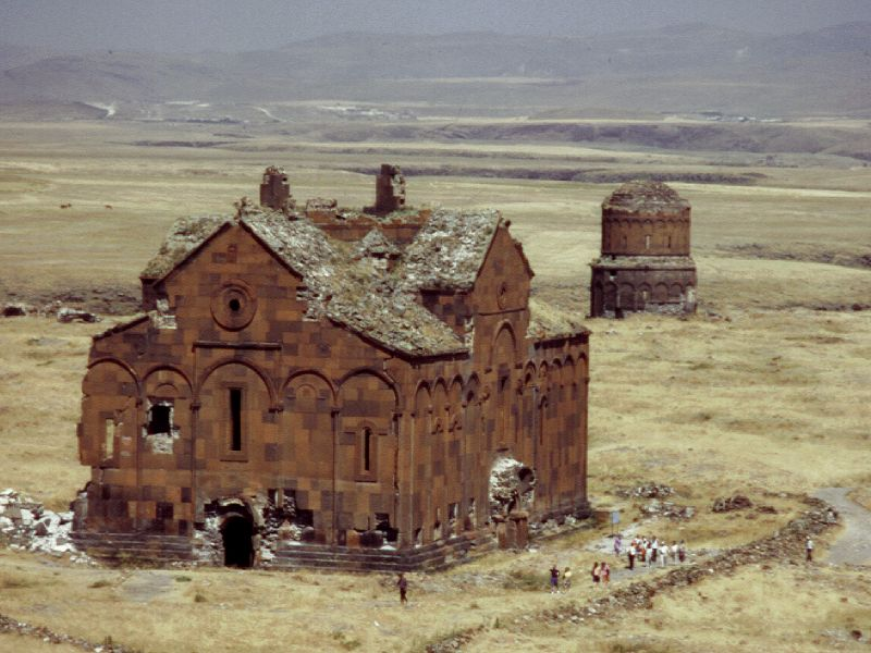 ced5422c7f Armenian Architecture - VirtualANI - The Cathedral of Ani